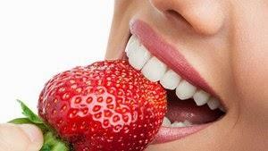 Daftar Makanan yang dapat Memutihkan Gigi Secara Alami