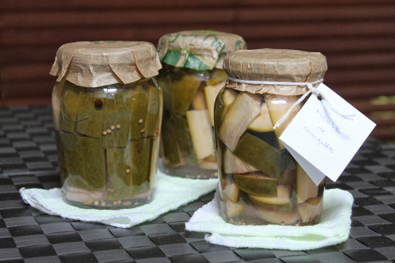 diana 39 s cook blog pickles de courgettes aigres douces comme les cornichons la polonaise. Black Bedroom Furniture Sets. Home Design Ideas