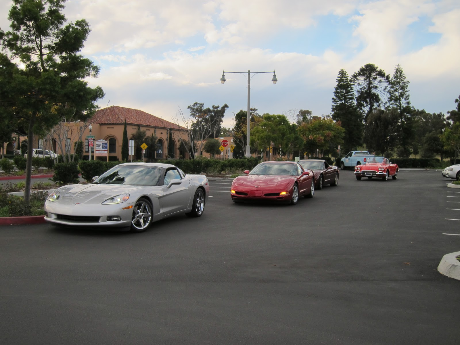 starting 2013 off right corvette cruise to the corvette diner. Cars Review. Best American Auto & Cars Review