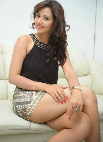 Preeti Rana Hot Legs Photos