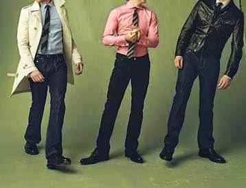Gaya Terbaru Model Baju Kerja Karyawan Pria 1