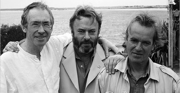 Hitchens (center) with friends Ian McEwan (left) and Martin Amis (right)