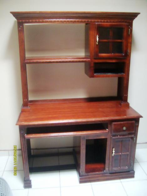 Muebles de madera para computadora imagui for Muebles para computadora