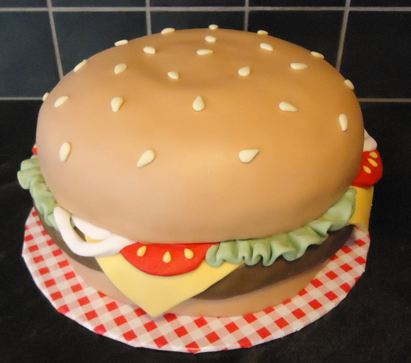 Building the Burger Cake