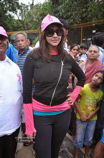 Lakshmi-Manchu-Stills-at-Pink-Ribbon-Walk-2013