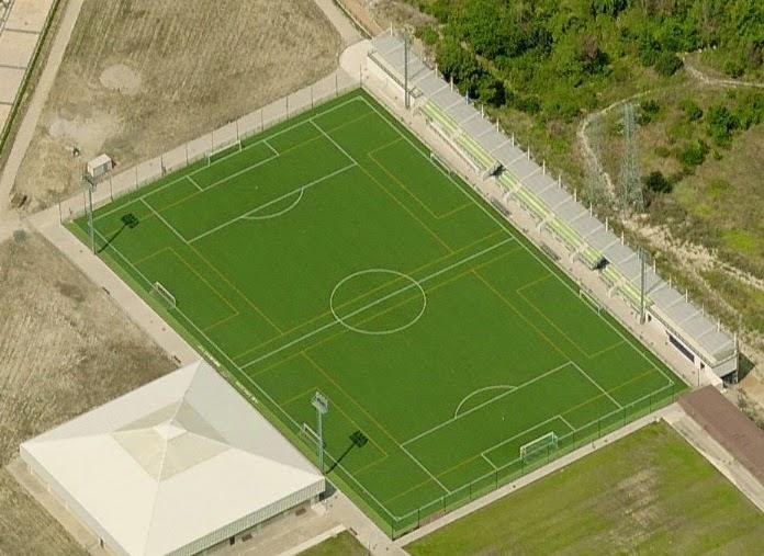 Estadios de f tbol en espa a pamplona san juan for Piscinas san juan pamplona