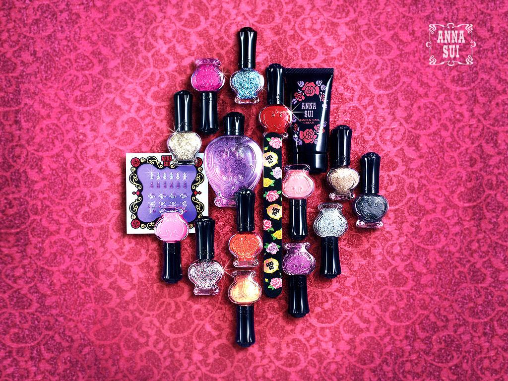 http://2.bp.blogspot.com/-wICaM-2UPXU/TlJPW_h_eKI/AAAAAAAAABg/aBaZS1gmjSk/s1600/1157467205_1024x768_free-anna-sui-make-up-wallpapers-nail-polish.jpg