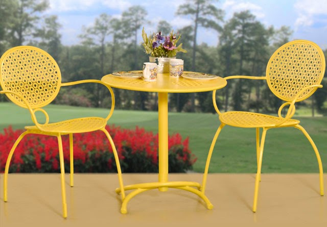 MUEBLES PARA PATIO & JARDIN EN COLOR AMARILLO - Patios y Jardines