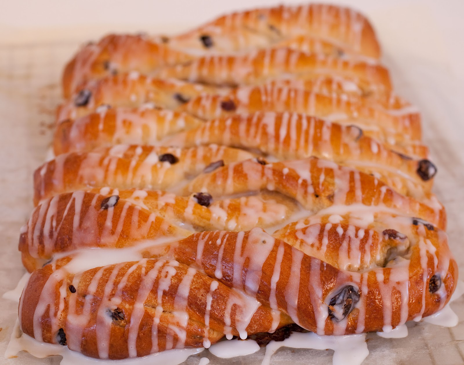 Tish Boyle Sweet Dreams: Cinnamon Raisin Twists from Amy's Bread