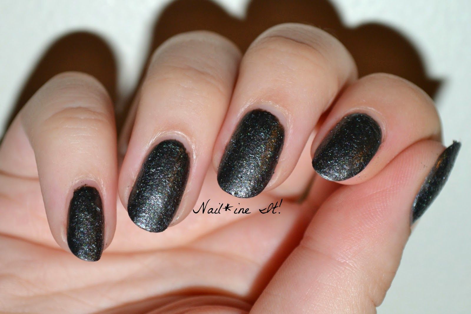 Line Texture On Nails : Nail ine it lvx graphite texturized swatches