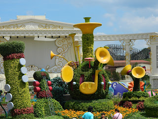 Pretty yellow instruments decorating the grounds