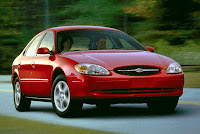 2000_Ford_Taurus