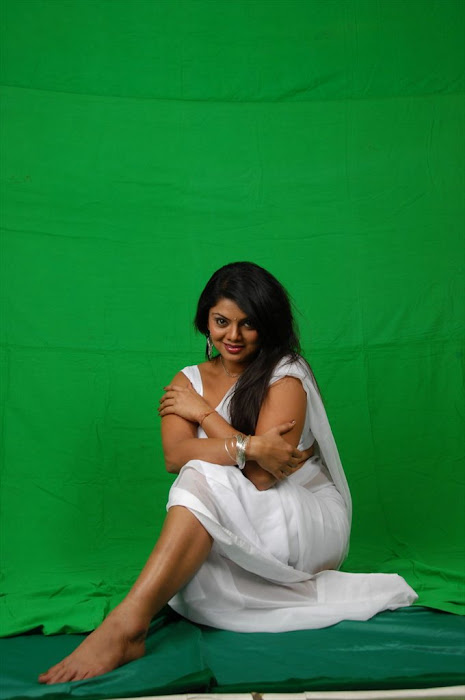 swathi varma spicy shoot glamour  images