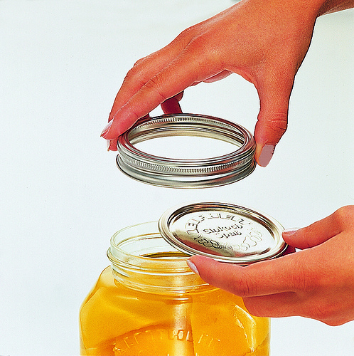 living life in costa rica blog mason jars canning jars big glass jars where to find. Black Bedroom Furniture Sets. Home Design Ideas