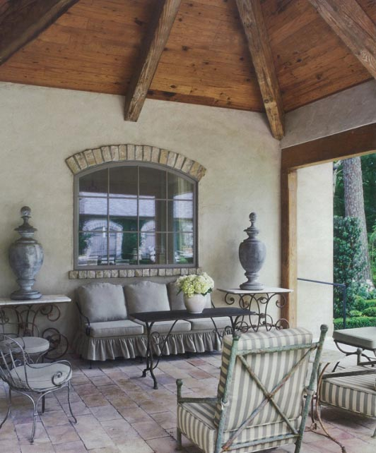Outdoor Design 4 - Design by Pamela Pierce, image via Chateau Domingue, as seen on linenandlavender