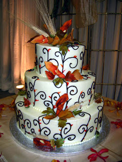 Tasty Square Wedding Cakes With Flowers