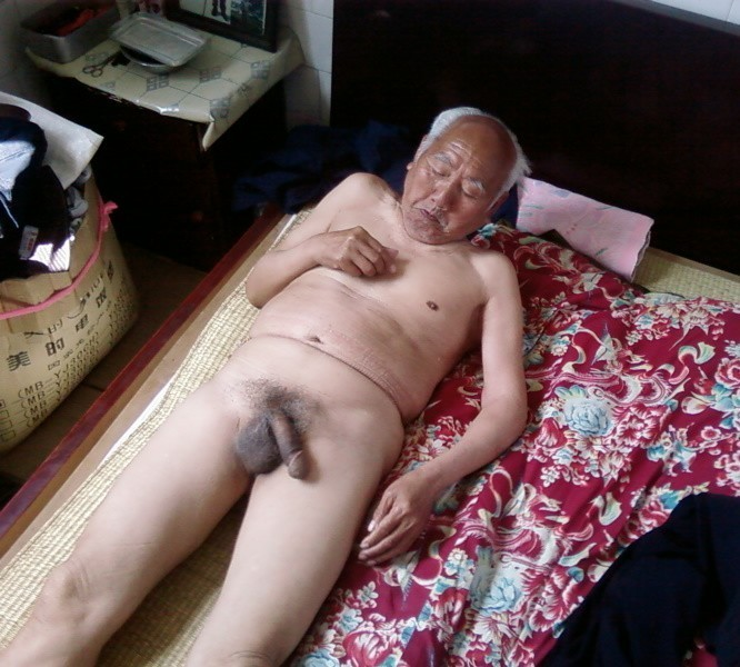 Naked Asian Grandpa