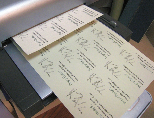 choosing the correct materials for printing your own business cards