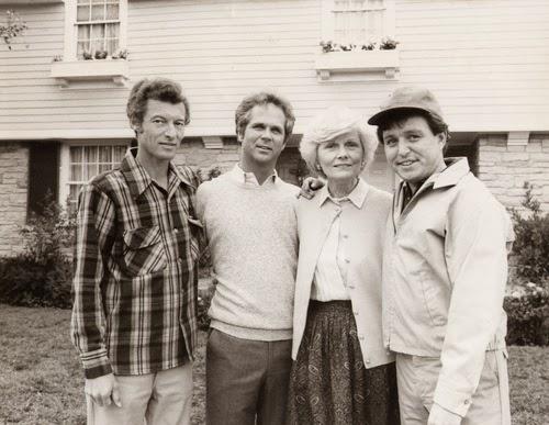 Barbara Billingsley, June Cleaver, Dies at