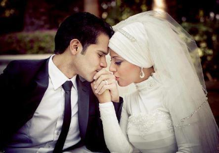 عريس وعروسة - خمسة أطعمة ممنوعة عن العروس يوم الزفاف  -  الزواج - الحياة الزوجية