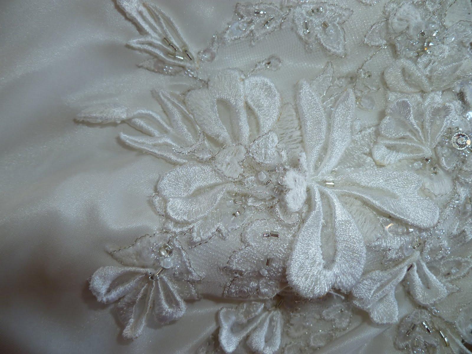 Joanne Ferguson Bridal: The Queen wears Shamrocks