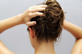 How to Use Jojoba oil on Hair and Get the Desired Results