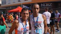 Doze atletas filiados à Associação dos Corredores de Teresópolis (ACT) participaram da prova, entre eles, (à esquerda) Gilson Paim, presidente da ACT, e José Marcelo
