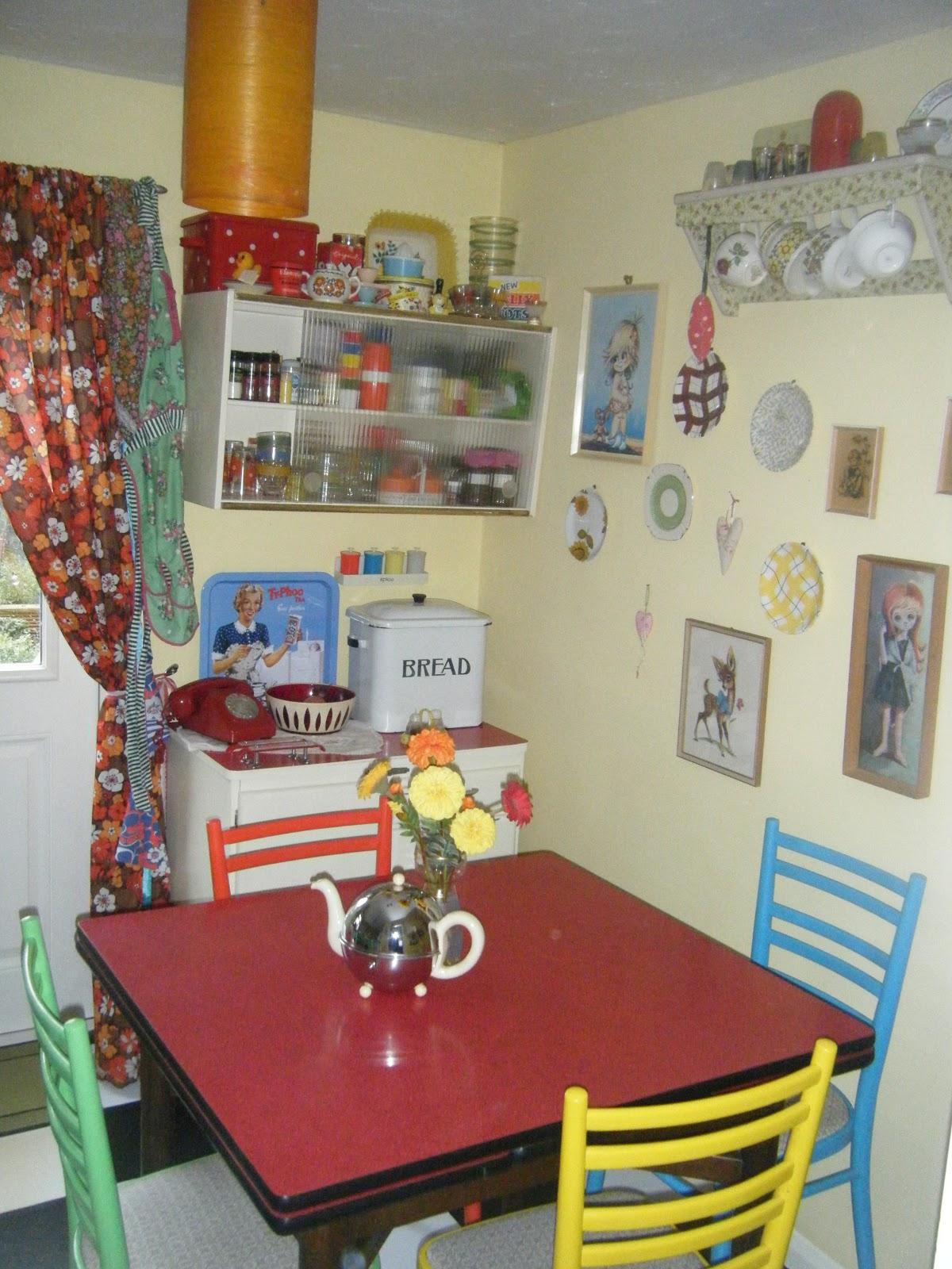 1950s Retro Kitchen Curtains
