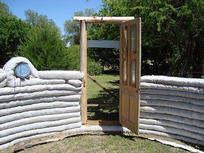 P jaros en la cabeza una construccion de superadobe paso - Como construir una cabana ...