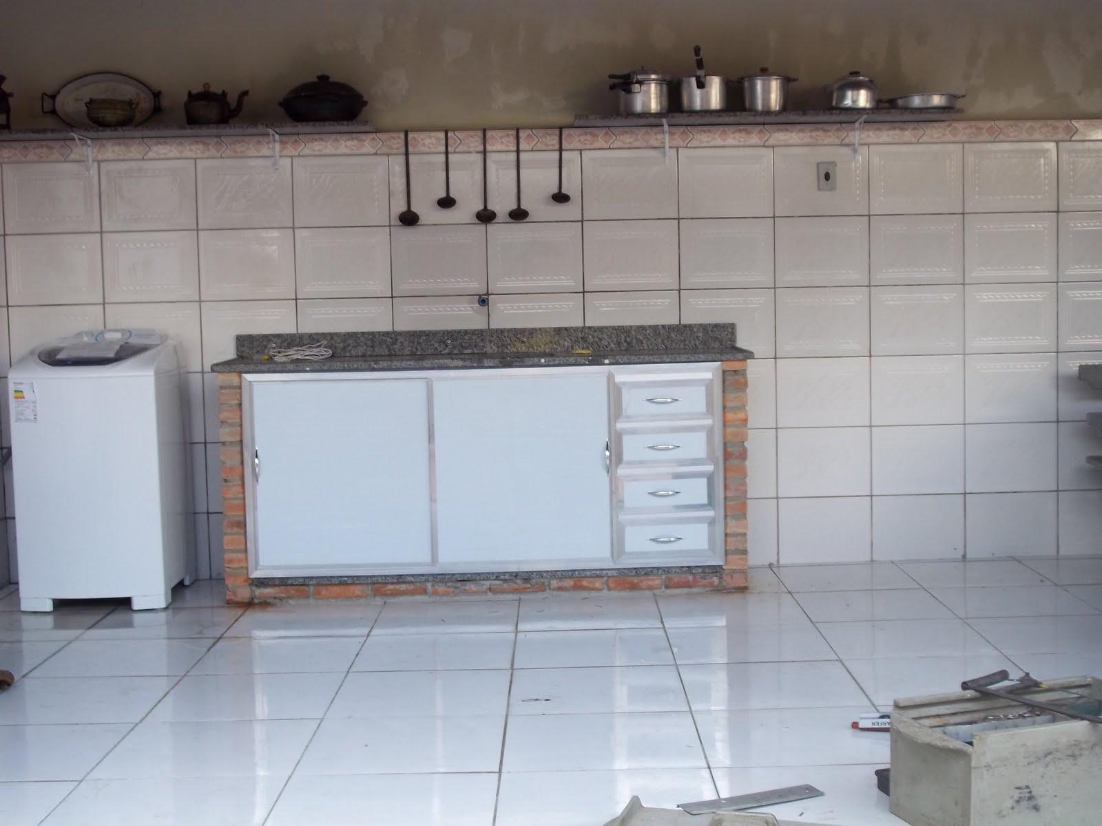 VIDRAÇARIA ART MINAS LTDA Armário Para Pias em Acrílico ou Vidro! -> Armario Para Banheiro De Pvc Mercadolivre