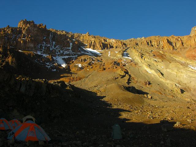 Western Breach Kilimanjaro - tarajikilimanjaro.com