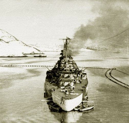 El Tirpitz en 1943