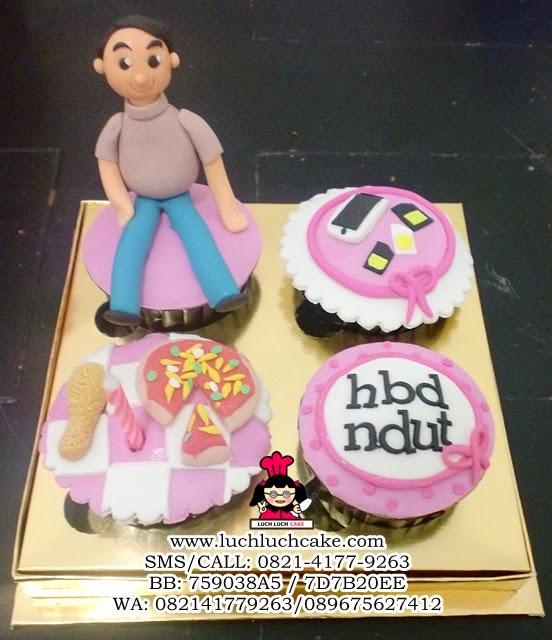 Cupcake Ulang Tahun Tema Pizza, Ayam dan Handphone