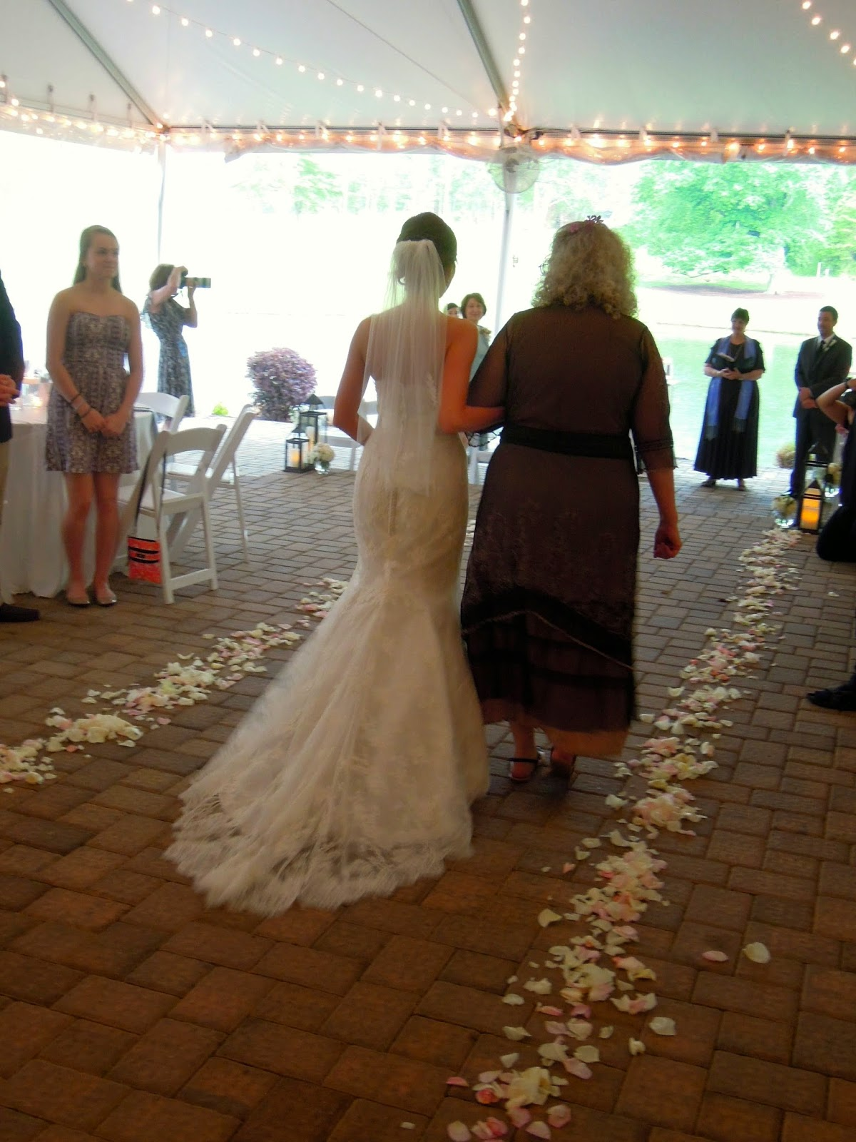 Raleigh Wedding Blog: April 2014