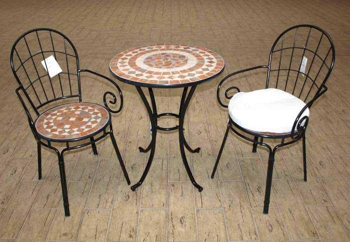 Muebles de forja mesas y sillas terraza en forja y cer mica for Mesas para terrazas pequenas
