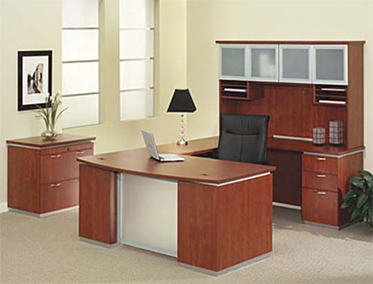 2013-Executive-work-station-from-BKM
