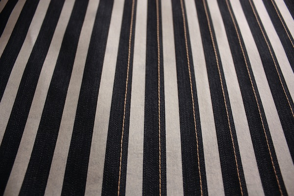 fabric manipulation · almohadón · 05 primeros pespuntes · Ro Guaraz