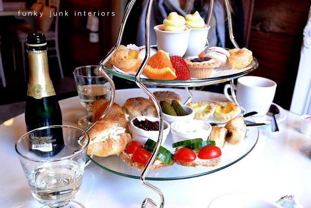 high_tea_Little_White_House_Langley_BC