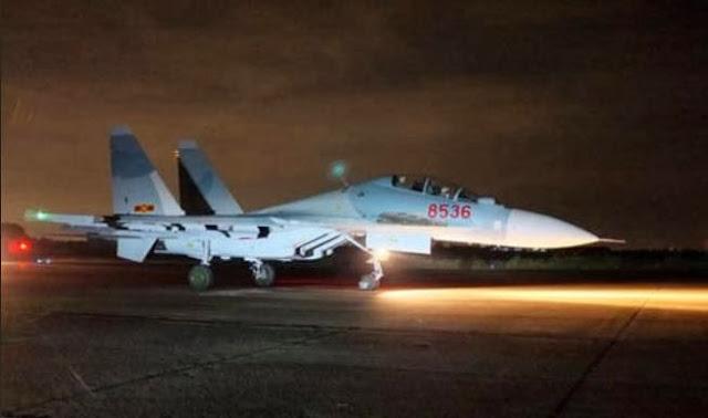 Máy bay chiến đấu Su-30MK2 của Không quân Việt Nam