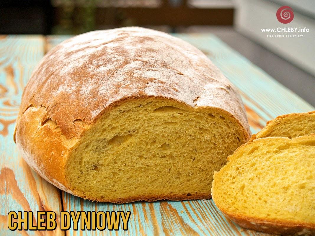 Chleb dyniowy z naczynia żeliwnego
