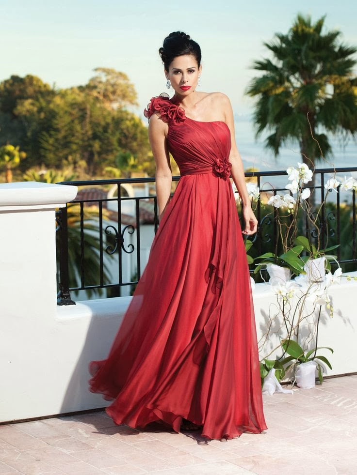 Shinny red wedding dress for summer weddings