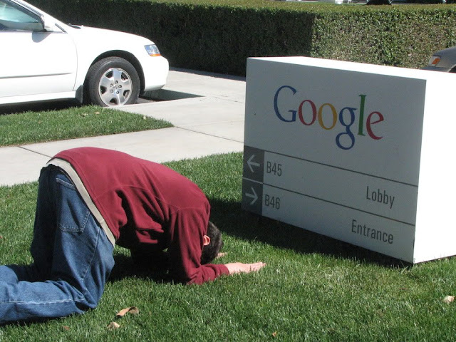 Muncul Aliran Sesat Penyembah Google !! [ www.BlogApaAja.com ]