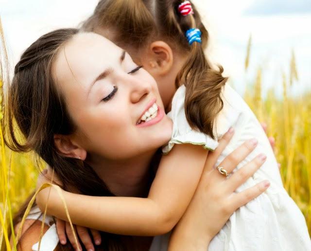 El abrazo más sincero solo te lo puedo dar a ti Mamá