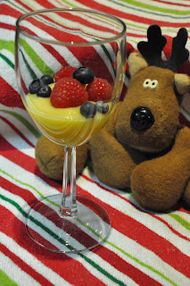 Lemon Curd with Limoncello and Berries