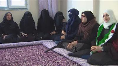 Kesaksian Tahanan Wanita Dalam Penjara Rezim Assad
