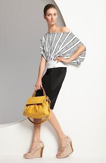 escada asimetrik bluz, kısa etek