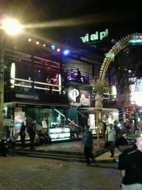 s no surreptitious that the main thoroughfare in Kuta Beaches in Bali: Bali Nightlife : Vi Ai Pi Club as well as Lounge Legian