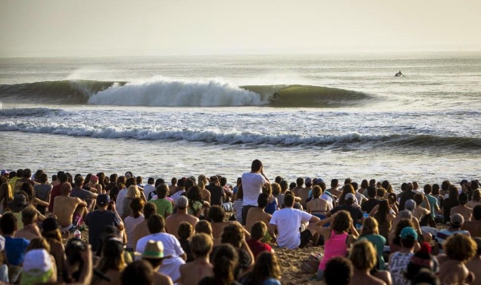 0 2014 Moche Rip Curl Pro Portugal Mick Fanning AUS Foto ASP Damien Poullenot Aquashot