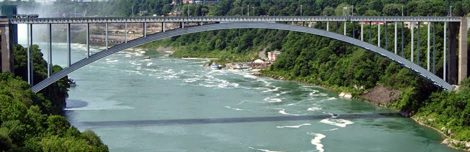 Rainbow_Bridge_Niagara_Falls