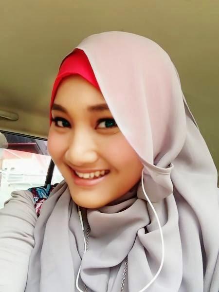 Hijab ala Fatin Shidqia